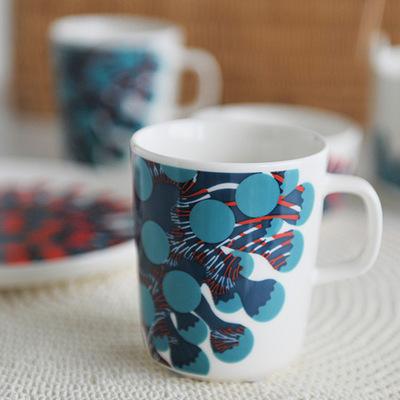 マリメッコ・Merivuokkoマグカップ