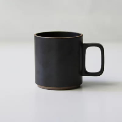 HASAMI PORCELAINのマグカップ